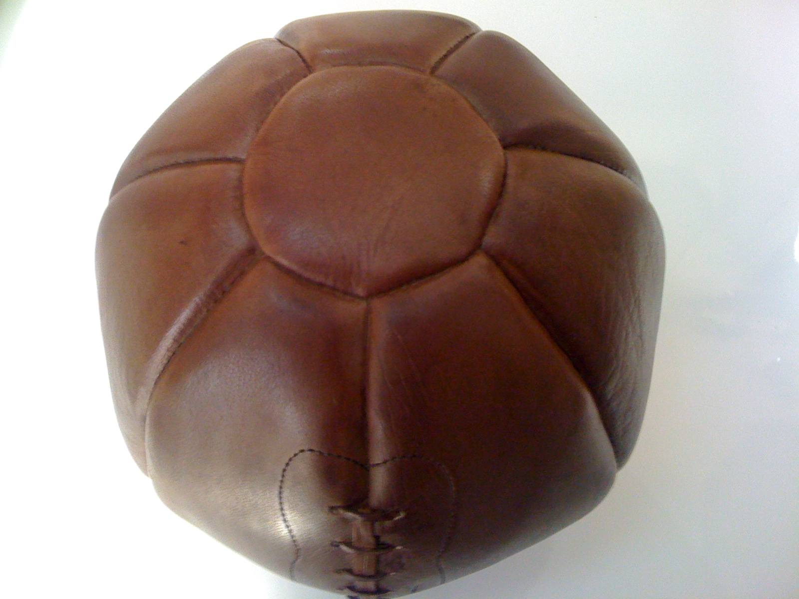 Vintage Leather Medicine Ball Manufacturers, Wholesale Suppliers